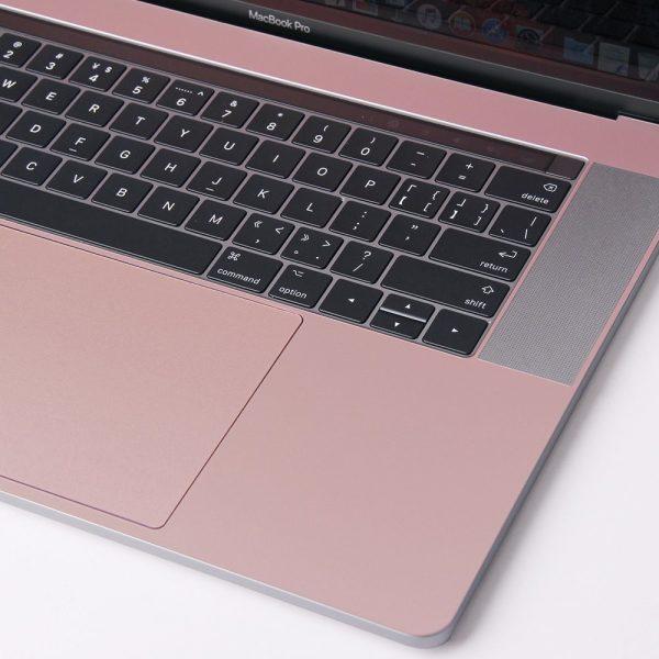 Thiết kế vừa với toàn bộ Model - Macbook